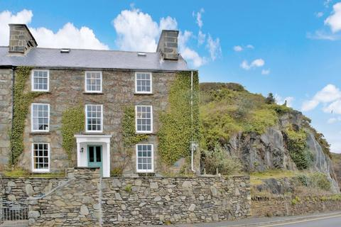 4 bedroom semi-detached house for sale - Aberamffra Road, Barmouth, Gwynedd.