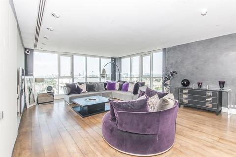 3 bedroom penthouse to rent - Eaton House, Westferry Road, Canary Wharf, London