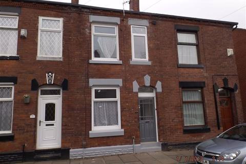 3 bedroom terraced house to rent - Howard Street, Ashton Under Lyne
