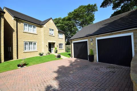 4 bedroom detached house for sale - Parkland Court, Queensbury, Bradford