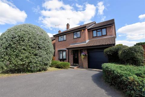 4 bedroom detached house for sale - Sheraton Drive, Tilehurst, Reading