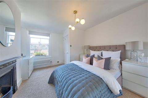 2 bedroom flat for sale - Gilbey Road, Tooting, Tooting