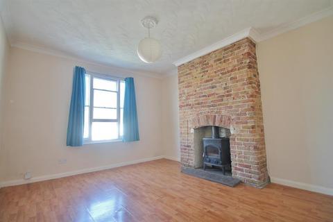 1 bedroom flat for sale - Darnley Road, Gravesend, DA11 0SF