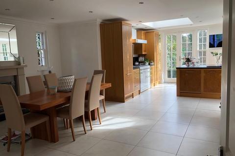 5 bedroom detached house for sale - Forest Drive, Keston , BR2