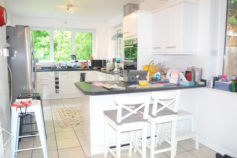 4 bedroom end of terrace house to rent - Eastbourne Road, Chiswick, Greater London. W4
