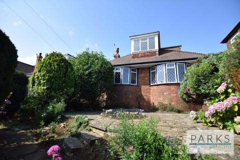 3 bedroom detached bungalow to rent - Windmill Close, Hove, BN3