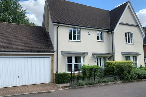 4 bedroom detached house to rent - Goodier Road, Chelmsford, CM1