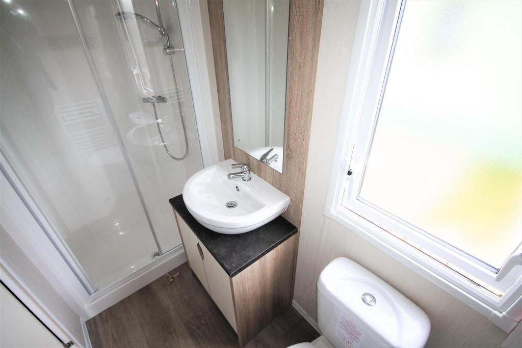 Shower Room   Pepey
