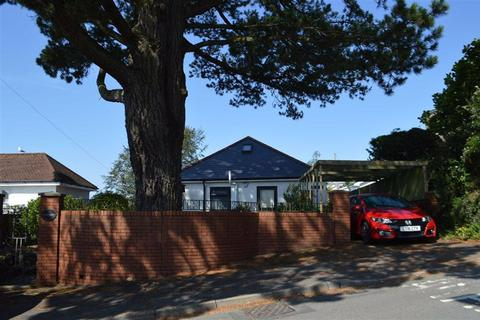 2 bedroom detached bungalow for sale - Llwyn Mawr Road, Swansea, SA2