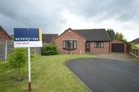 3 bedroom detached bungalow for sale - Willow Close, Pollington