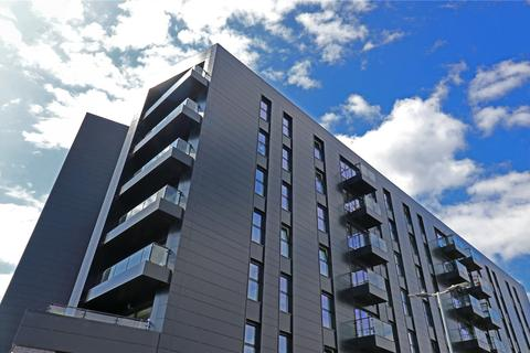 3 bedroom flat for sale - Bayscape, Cardiff Marina, Watkiss Way, Cardiff, CF11
