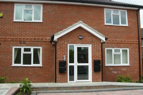 1 bedroom flat to rent - Harley Court, Brocas Road, Burghfield Common, Reading, RG7 3AF