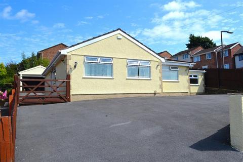 3 bedroom detached bungalow for sale - Heol Cleddau, Waunarlwydd, Swansea