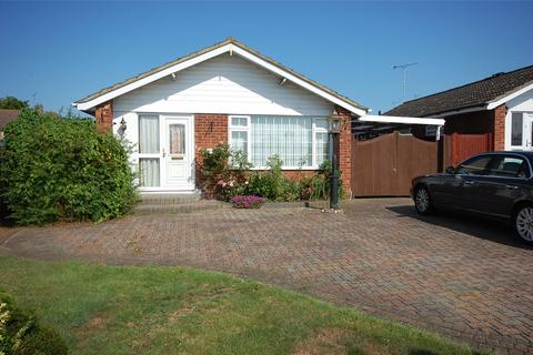 2 bedroom bungalow for sale - Pertwee Drive, South Woodham Ferrers, Chelmsford, CM3