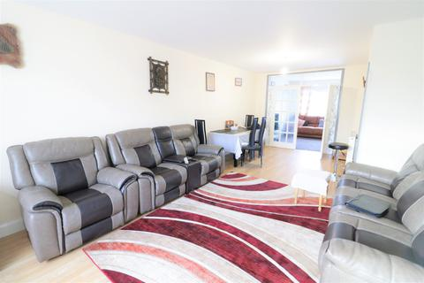 5 bedroom semi-detached house for sale - Luton LU3