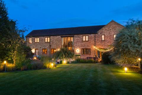 5 bedroom detached house for sale - Manor Farm Court, Colton, Tadcaster, LS24