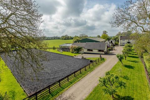 4 bedroom equestrian property for sale - Chetwode, Bucks