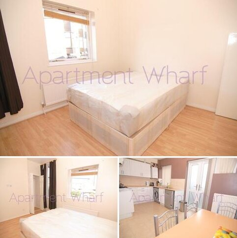 1 bedroom in a flat share to rent - Ironmongers Place    (Canary Wharf), London, E14