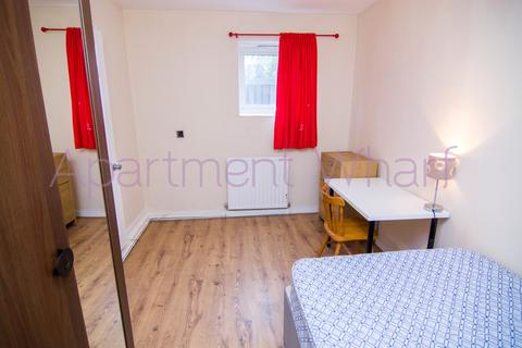 1 bedroom flat share to rent - Ironmongers place   (Canary Wharf), London, E14
