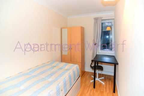 1 bedroom flat share to rent - Ambrose walk, London, E3