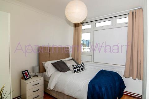 1 bedroom flat share to rent - Halyard House Manchester Road, London, E14