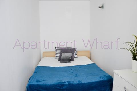 1 bedroom flat share to rent - Westferry Road, London, E14