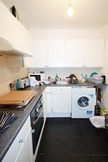 1 bedroom flat share to rent - Brodrick house, London, E3
