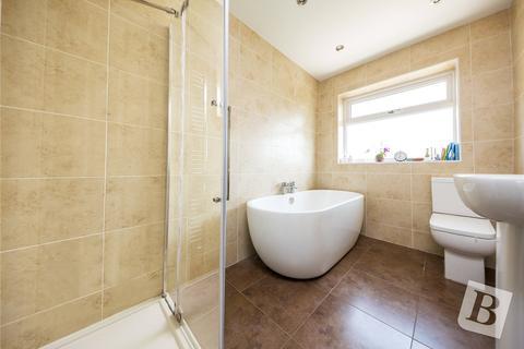 3 bedroom semi-detached house for sale - Stephen Avenue, Rainham, RM13