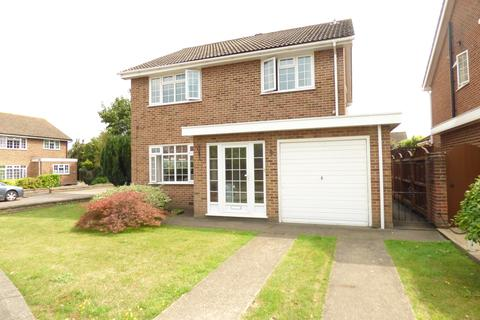 4 bedroom detached house for sale - Tadlows Close, Upminster RM14