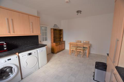 2 bedroom flat to rent - George Street, City Centre, Aberdeen, AB25 3XX