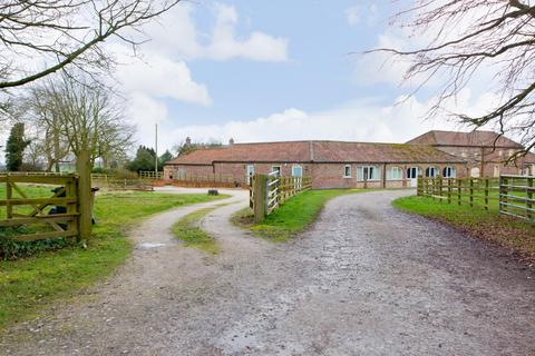 4 bedroom barn conversion for sale - Thixendale Road, Fridaythorpe, YO25 9SA