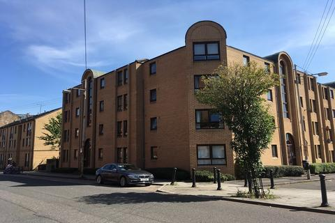 3 bedroom flat to rent - Overnewton Street, Yorkhill, Glasgow, G3
