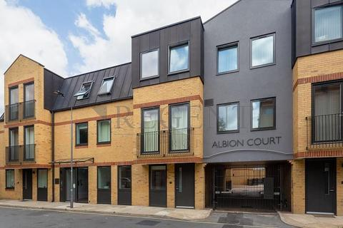 1 bedroom apartment to rent - Albion Court, Hammersmith, W6