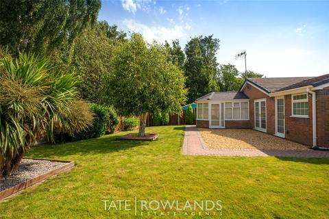 3 bedroom bungalow for sale - Longacre Drive, Bagillt, Flintshire, CH6