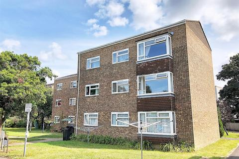 2 bedroom flat for sale - Simmonds Close, Oakdale, POOLE, Dorset