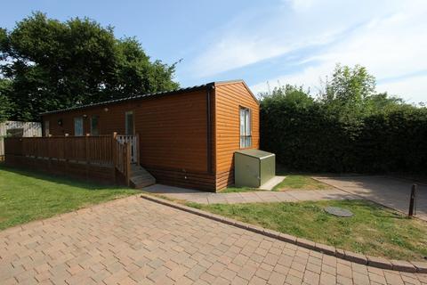 2 bedroom mobile home for sale - Devon Hills Holiday Village, Totnes Road
