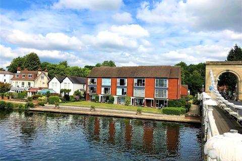 2 bedroom flat to rent - Tierney Court, Riverside, Marlow, Buckinghamshire, SL7