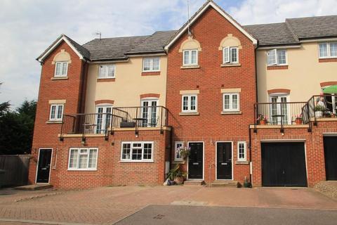3 bedroom terraced house to rent - Olivers Court, Horsmonden, Kent, TN12 8BZ