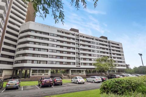 2 bedroom flat to rent - Montagu Court, Gosforth