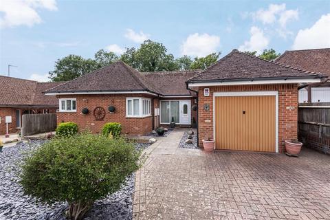 3 bedroom detached bungalow for sale - Chalvington Close, Seaford