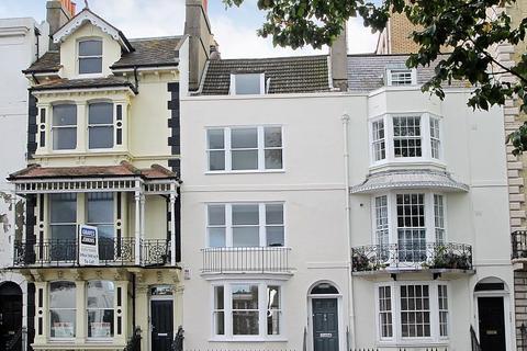 Studio to rent - Grand Parade Brighton East Sussex