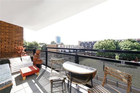 2 bedroom apartment for sale - Layard Square, London, SE16