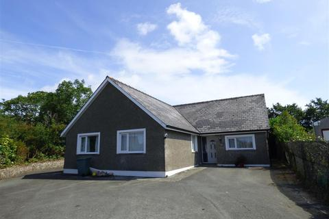 4 bedroom bungalow - Merridale, Snowdrop Lane, Haverfordwest