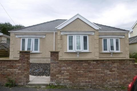 2 bedroom detached bungalow for sale - Martyns Avenue, Seven Sisters, Neath, Neath Port Talbot.