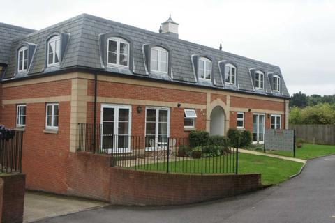 2 bedroom apartment to rent - The Pavilions, Crabbetts Park, Worth