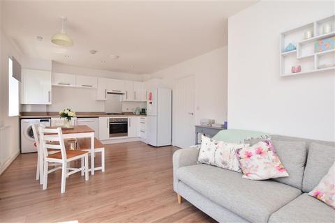 2 bedroom apartment for sale - Laurens Van Der Post Way, Ashford, Kent