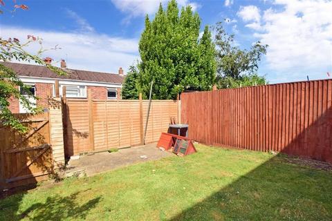 3 bedroom terraced house for sale - Greenfields, Sellindge, Kent