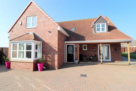 4 bedroom detached house for sale - Foundry Fields, Crook, DL15 9JZ