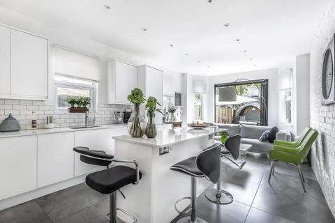 4 bedroom terraced house for sale - Woodside Road, Wood Green