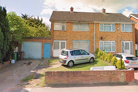 3 bedroom semi-detached house to rent - Tomlinson Avenue, Luton LU4